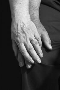 Mains agées